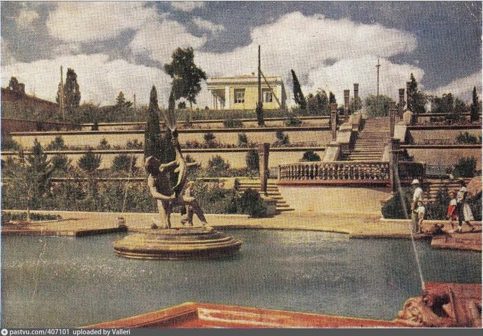 002_1951-52.jpg