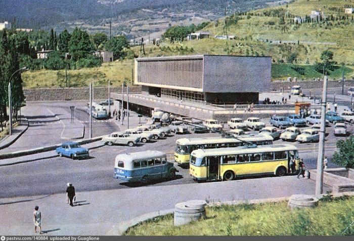005_1967-68.jpg