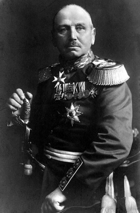 011_alexander_von_kluck_ca._1914.jpg