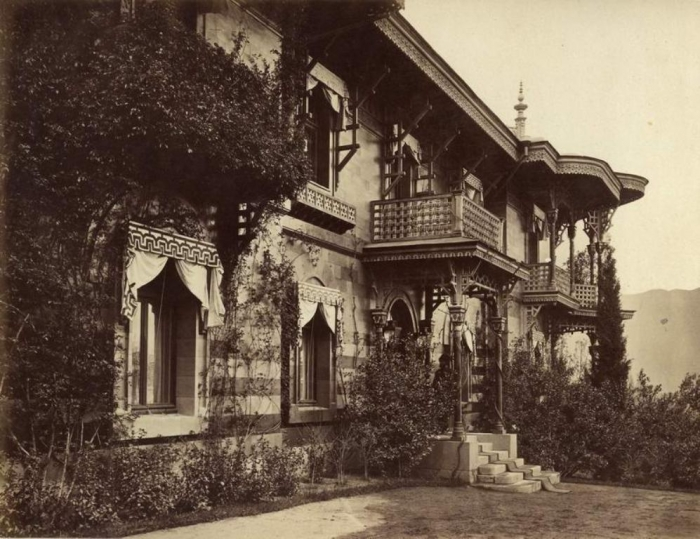015_small_palace_livadia.jpg