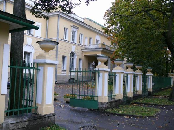 Osobnyak_V.P.Kochubeya_v_Carskom_Sele.JPG