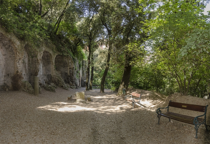 Парк виллы Грегориана в Тиволи (Италия)