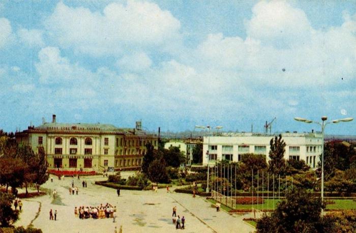 011_kerch._pl._lenina._1977.jpg